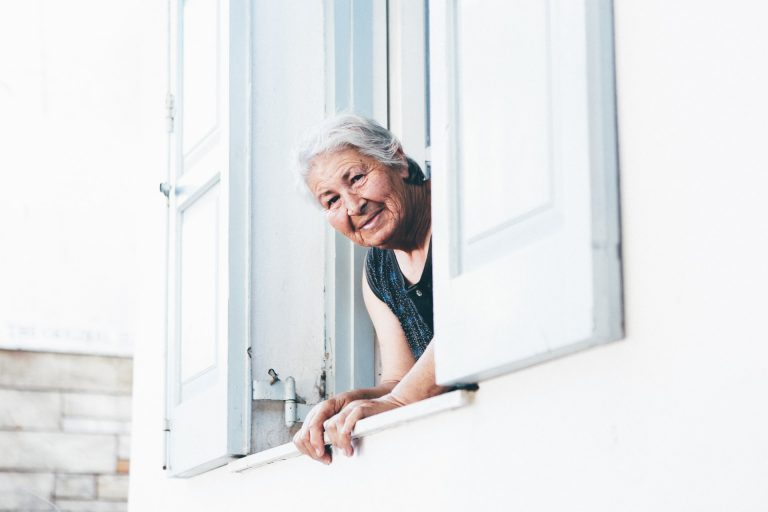 Senior-Friendly Tips for Smooth and Painless Downsizing
